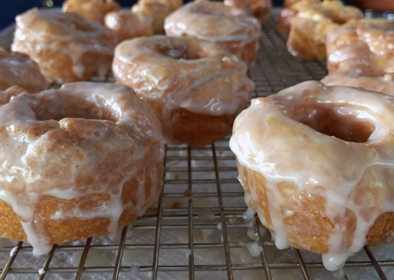 Alton Brown's Hot Glazed Bonuts Recipe