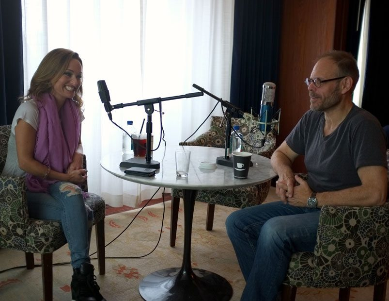 Alton Brown Interviews Giada De Laurentiis for the Alton Browncast